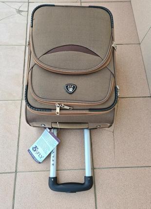 Дорожный чемодан отличного качества8 фото