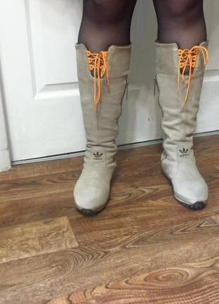 Замшевые сапоги adidas оригинал.