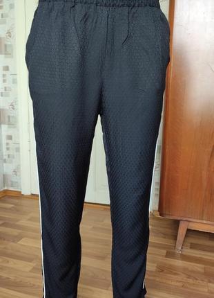 Штаны брюки.4 фото
