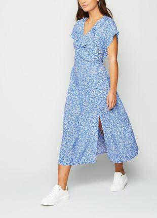 Нежное вискозное платье с рюшей6 фото
