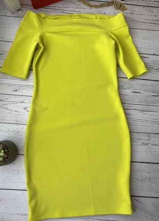 Платье на плечики