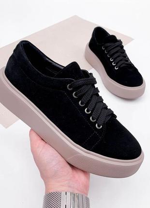 Черные велюровые кеды кроссовки