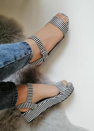 Женские босоножки сандалии босоніжки 39р