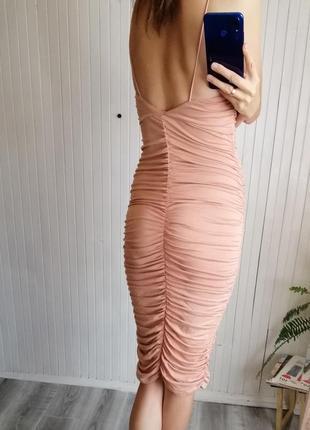Сексуальное платье миди по фигуре оборка драпировка сукня пудра4 фото