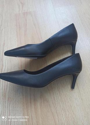 Туфли лодочки кожаные2 фото