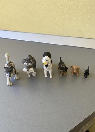 Фігурки собачок
