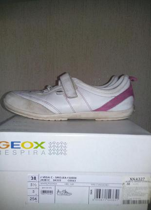 Кроссовки geox белые 38 р.
