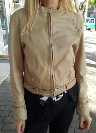 Кожаная куртка gianfanco ferre