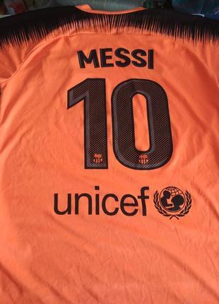 Футбольная футболка барселона месси