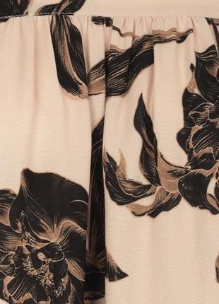 Бежевое кэжуал платье бэби долл love republic с абстрактным узором4 фото