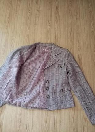 Стильный классический серый пиджак в клетку женский жакет розовые вставки