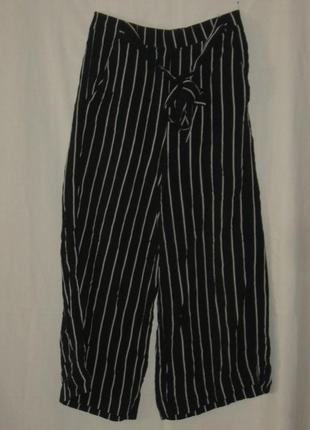Штаны женские, домашние, чёрные в белую полоску.  40 р-р