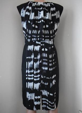 Распродажа!!!красивое платье-футляр с принтом3 фото