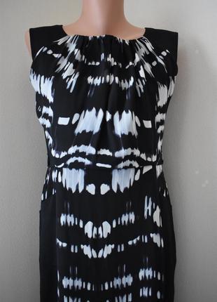 Распродажа!!!красивое платье-футляр с принтом2 фото