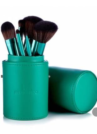 Набор кистей для макияжа patricia ledo malachite 7 шт кисти в тубусе