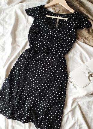 Дуже мила міні-сукня з пояском в горошок від f&f
