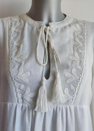 Платье миди zara белого цвета  с вышивкой.6 фото