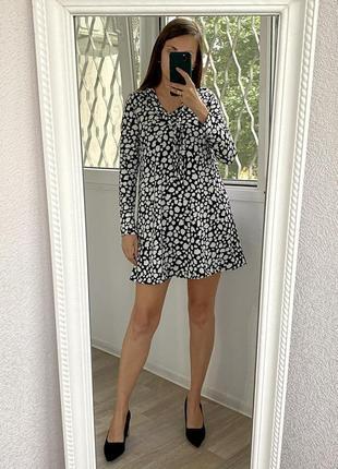 Boohoo легкое черно белое платье 1+1=3