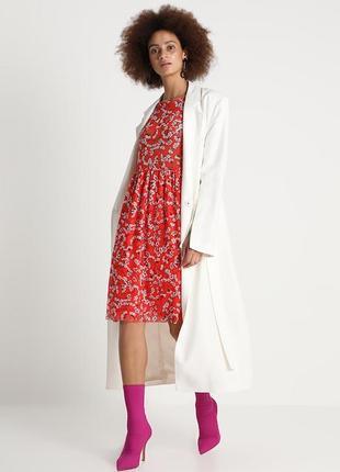 Красное  платье в цветочный принт vila clothes 1+1=3