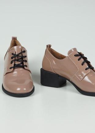 Жіночи шкіряні туфлі mad steven
