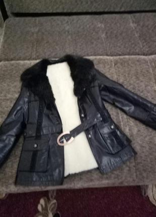 Зимняя кожаная куртка на овчине