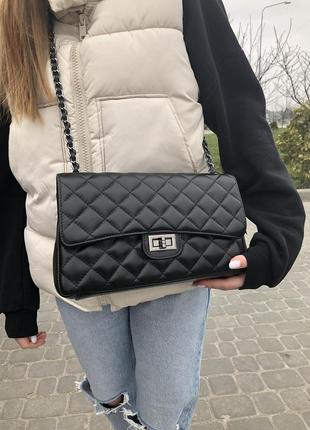Итальянские кожаные сумки стёганые чёрные среднего размера  кроссбоди  vera pelle