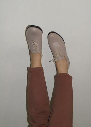 В наличии базовые кожаные туфли3 фото