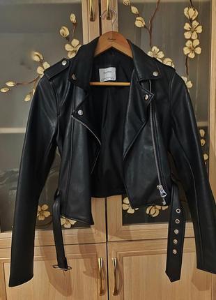 Шкіряна куртка від  bershka4 фото