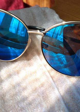 Солнцезащитные очки женские3 фото