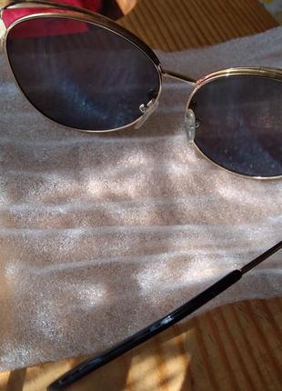 Солнцезащитные очки женские2 фото
