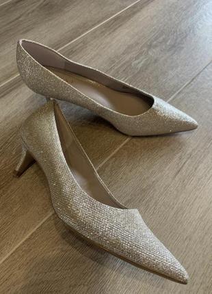 Неймовірні туфлі!! блиск золото із сріблом2 фото