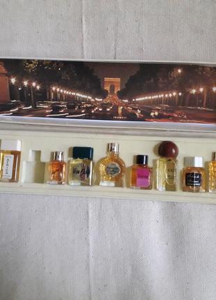 Винтаж винтажный набор духов миниатюр  франция