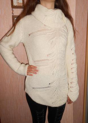 Свитер женский от united colors of benetton мягкий,уютный ,нарядный свитер