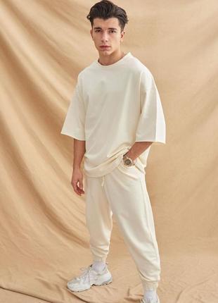 Комплект штаны и футболка✨