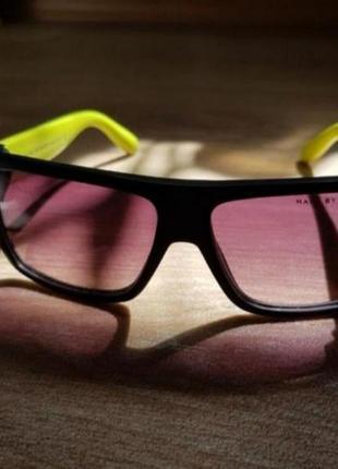 Очки солнцезащитные оригинал