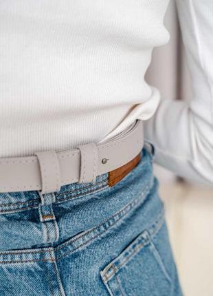 Модная женская сумка клатч на пояс «энди» плетеная серая3 фото