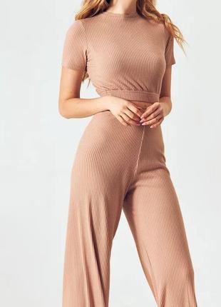 Очаровательное платье