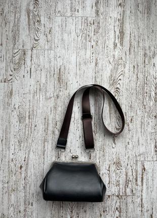 Красивая сумочка в виде кошелька