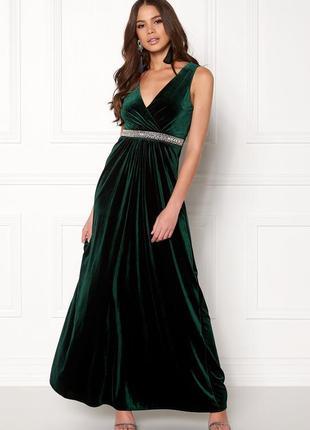 Красивое длинное платье из бархата от sisters point.