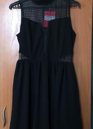 Новое чёрное платье с вставкой из сетки на груди  юбка солнце