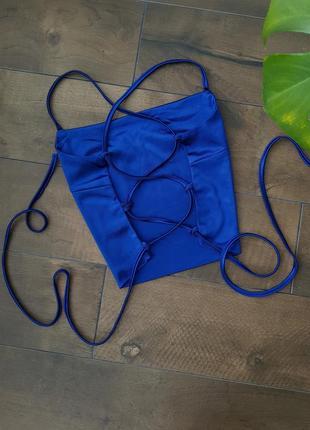 Шикарный трендовый сатиновый атласный синий топ на завязках2 фото