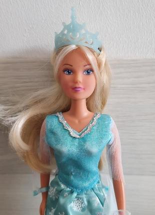 Кукла барби steffi.снежная королева