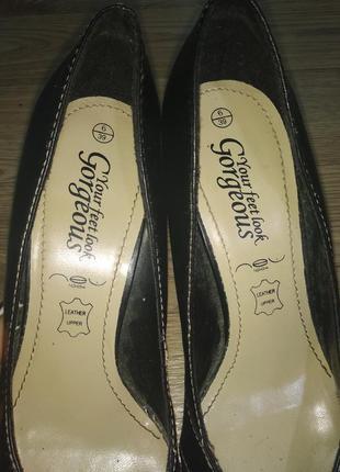 Туфли женские на шпильке острый носок переплетение фирменные 393 фото
