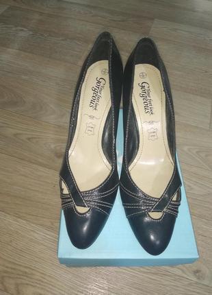 Туфли женские на шпильке острый носок переплетение фирменные 392 фото