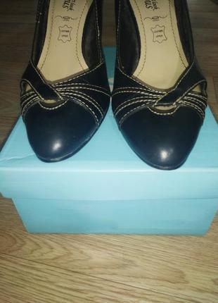 Туфли женские на шпильке острый носок переплетение фирменные 396 фото