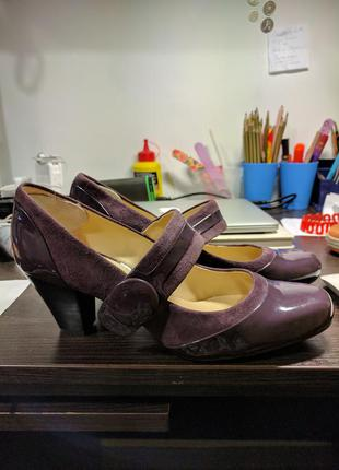 Туфли clarks р 39-40 (британский 7) на неширокую ногу. кожа