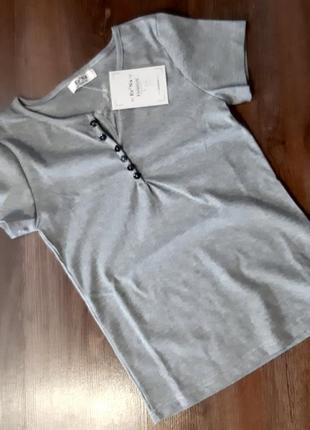 Женская футболка трикотаж-рубчик с пуговицами