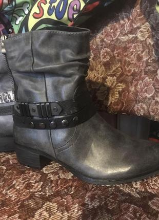Ботиночки 36р с биркой