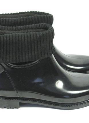 Короткие резиновые сапоги с чулком чёрные р.35,36