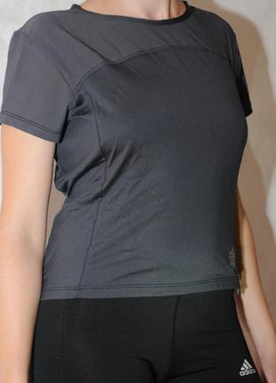 Спортивная футболка (подойдет для беременных)
